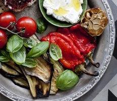 Nadia_Lim_Mediterranean_platter